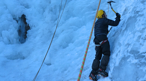 escalade-aventure-cascade-glace-demi-journee-mini