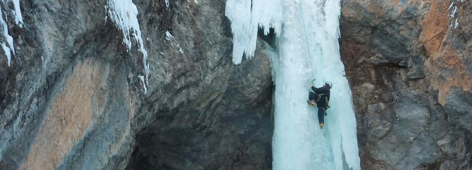 escalade-aventure-cascade-glace-journee