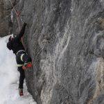 Cascade de glace à Ceillac dans les hautes Alped avec Alpes Aventure