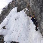 Cascade de glace à Ceillac dans les hautes Alpes