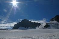 alpinisme glaciaire au col de la lauze à la grave avec un guide de haute montagne